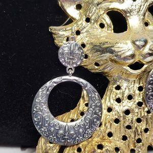 4/$24 - Fleur De Lis Fashion Earrings